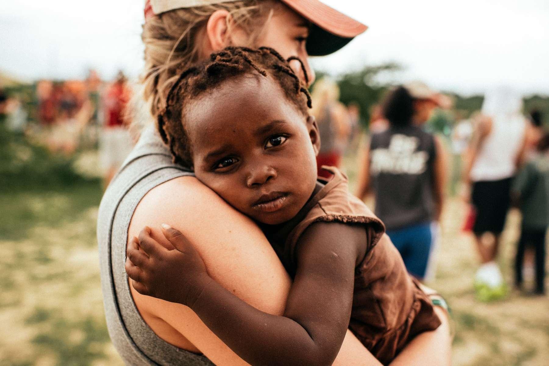 Le gouvernement Michel renforce le statut des volontaires.