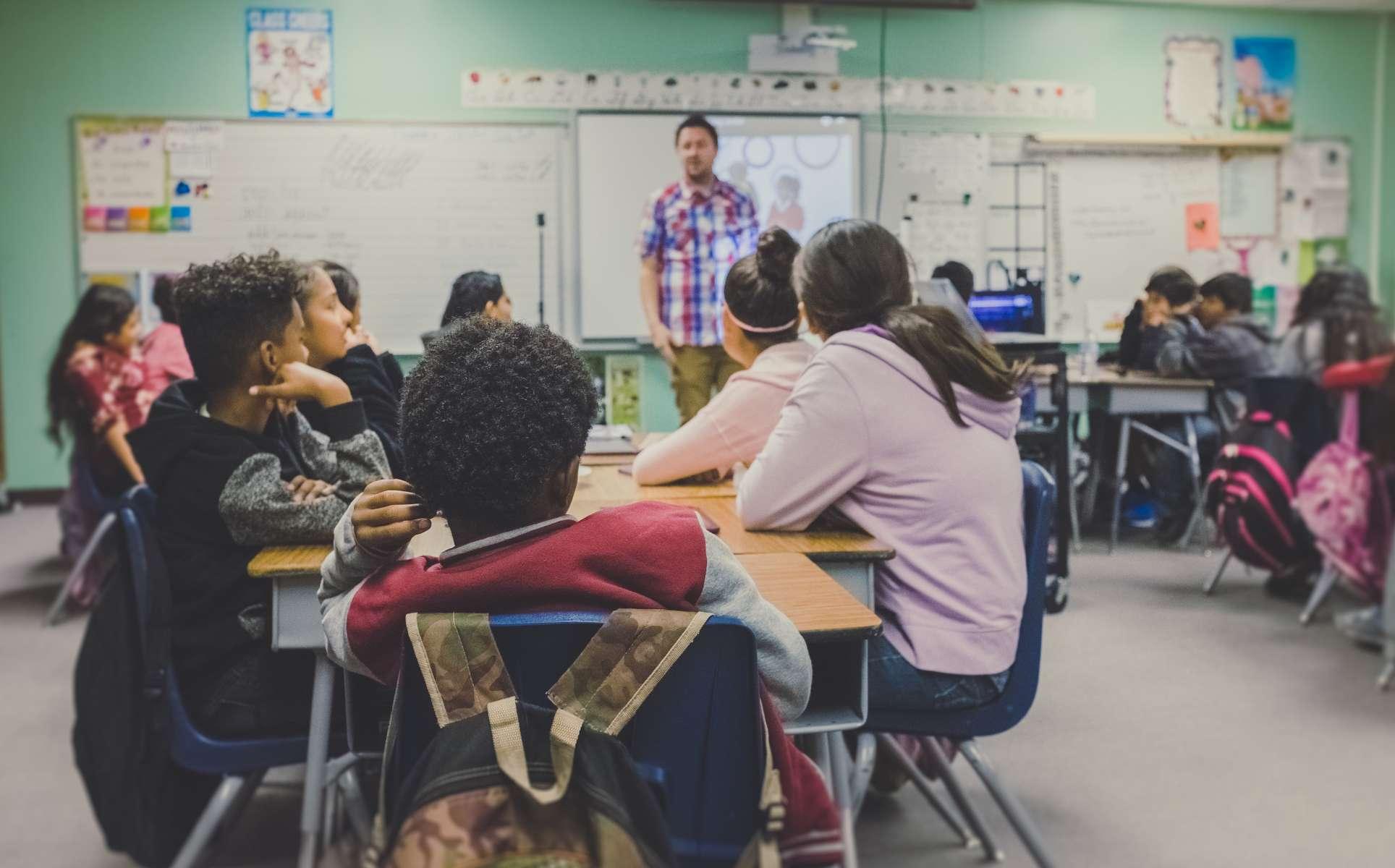 Pensions enseignants, secteur public : le vrai du faux !