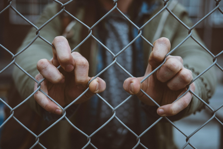 Demandeurs d'asile : Jeholet et Francken conjuguent leurs efforts