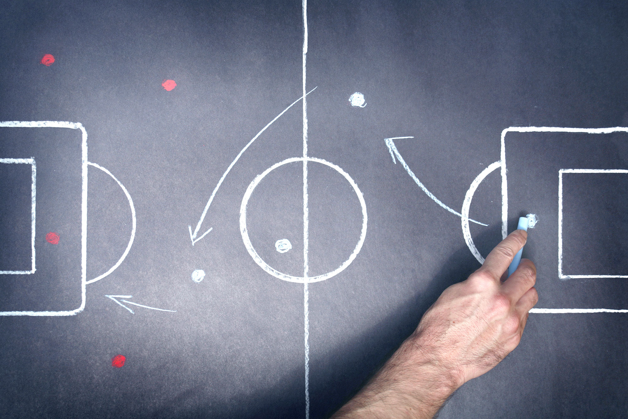 Football amateur et professionnel : le MR veut en finir avec la concurrence