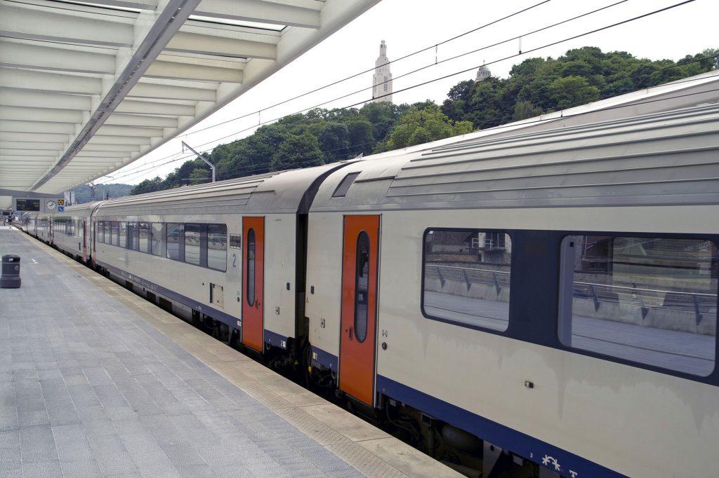 Des trains plus nombreux autour et dans Bruxelles. Voici l'offre « S » !