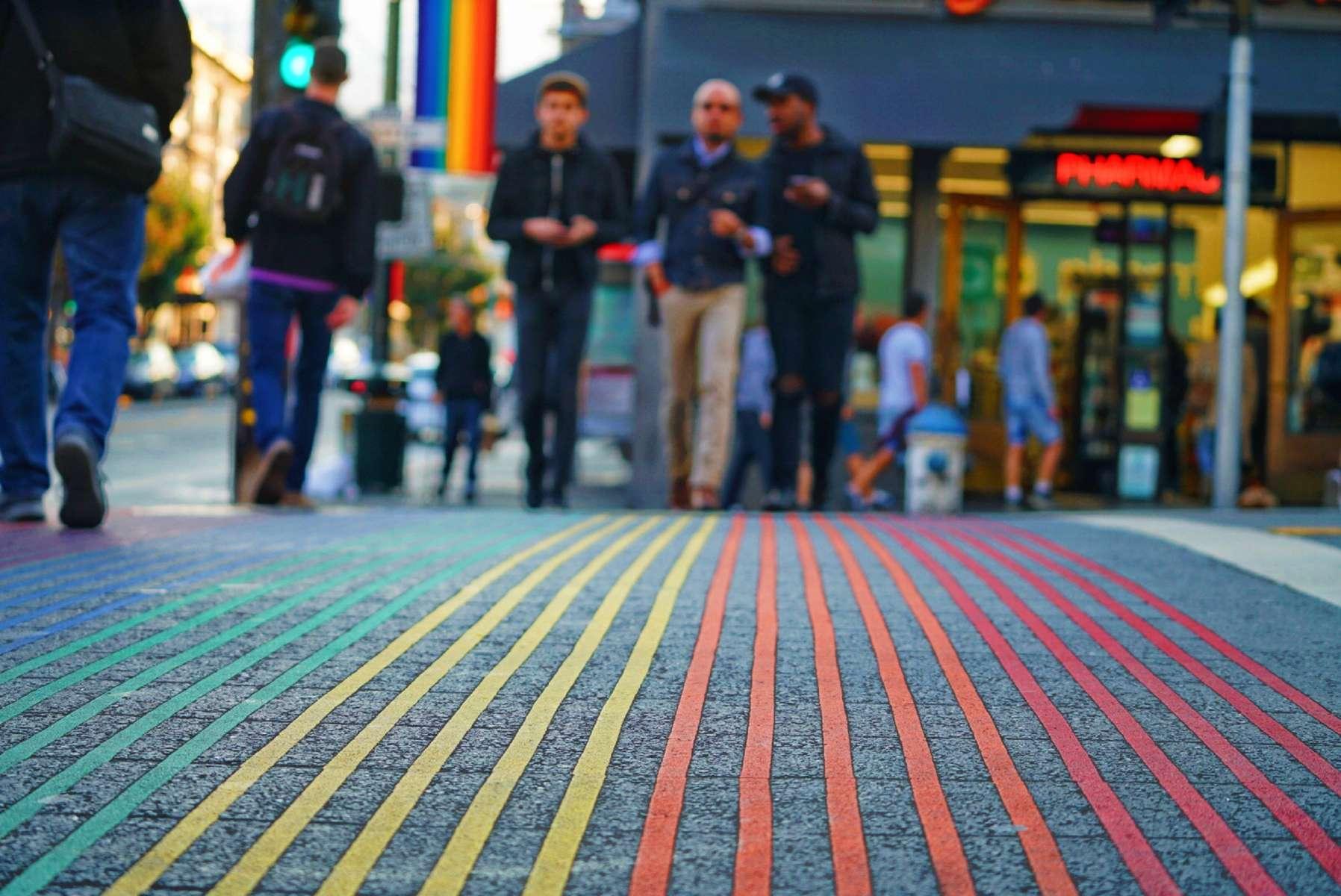 LGBT : L'égalité des chances commence au niveau local !