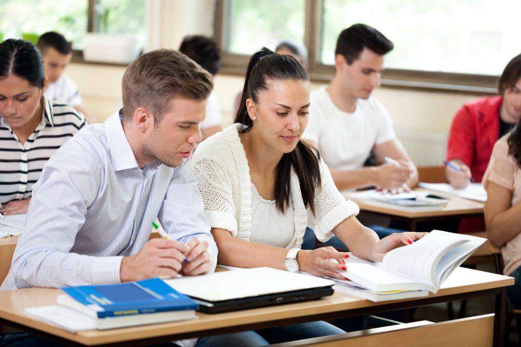 Le MR demande de reconnaître l'ancienneté de ces professeurs pour les années prestées