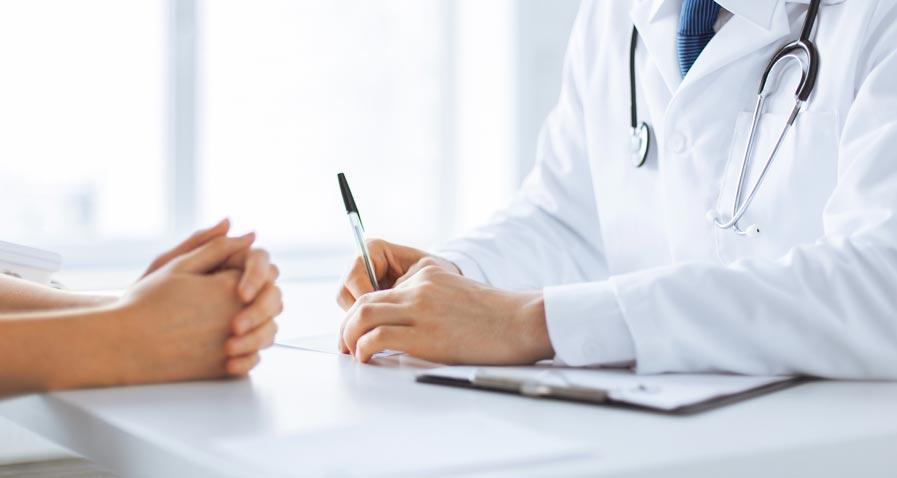Contrôles INAMI – Georges-Louis Bouchez : « Faisons confiance aux médecins »