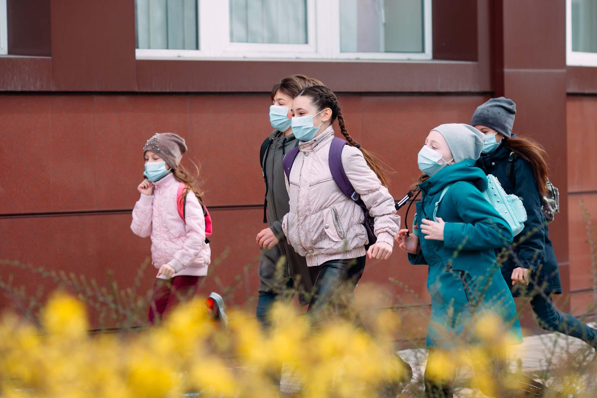 Le retour progressif à l'école va pouvoir continuer en Belgique