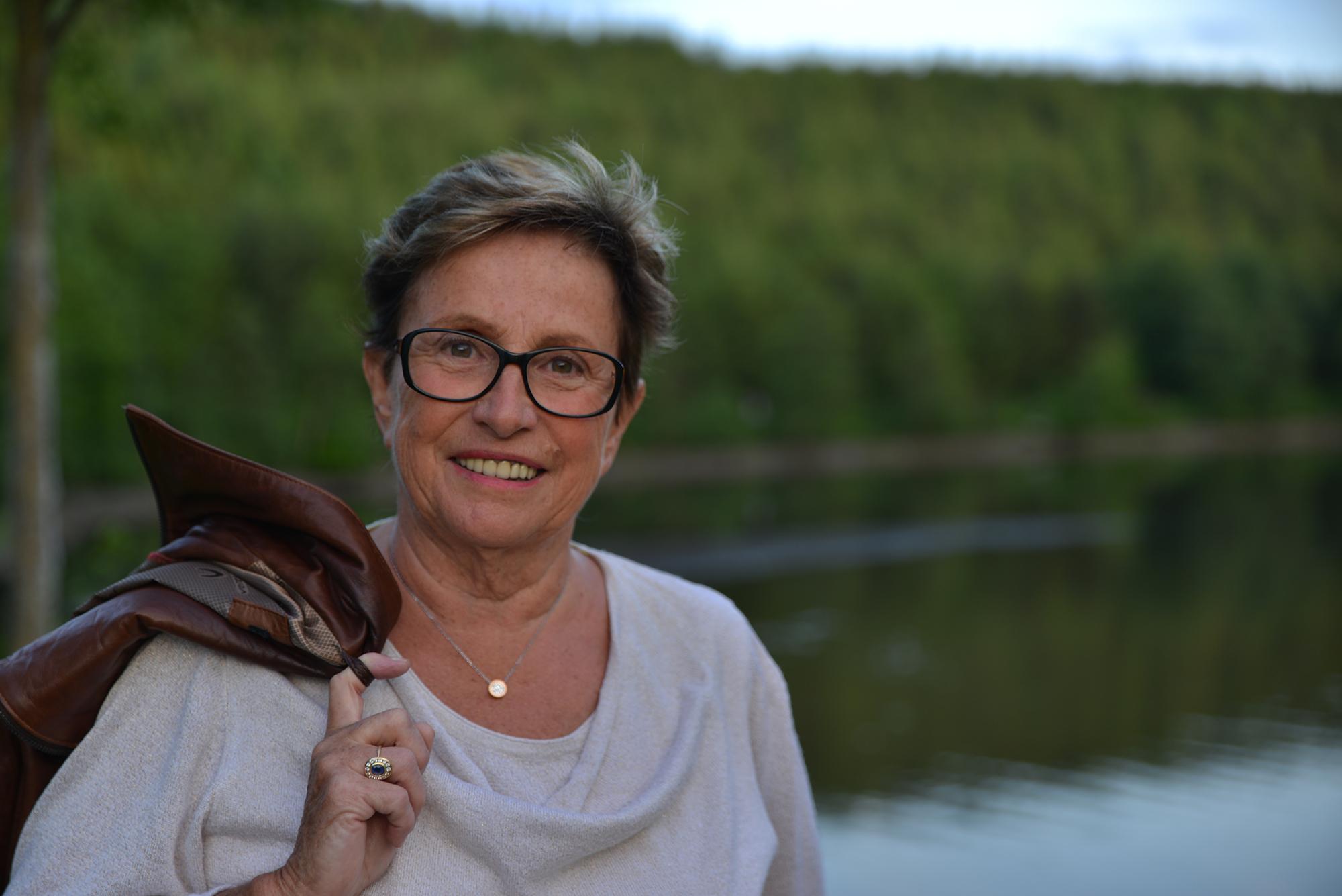 Stabilité politique retrouvée à Neufchâteau, Michelle Mons Delle Roche devient bourgmestre
