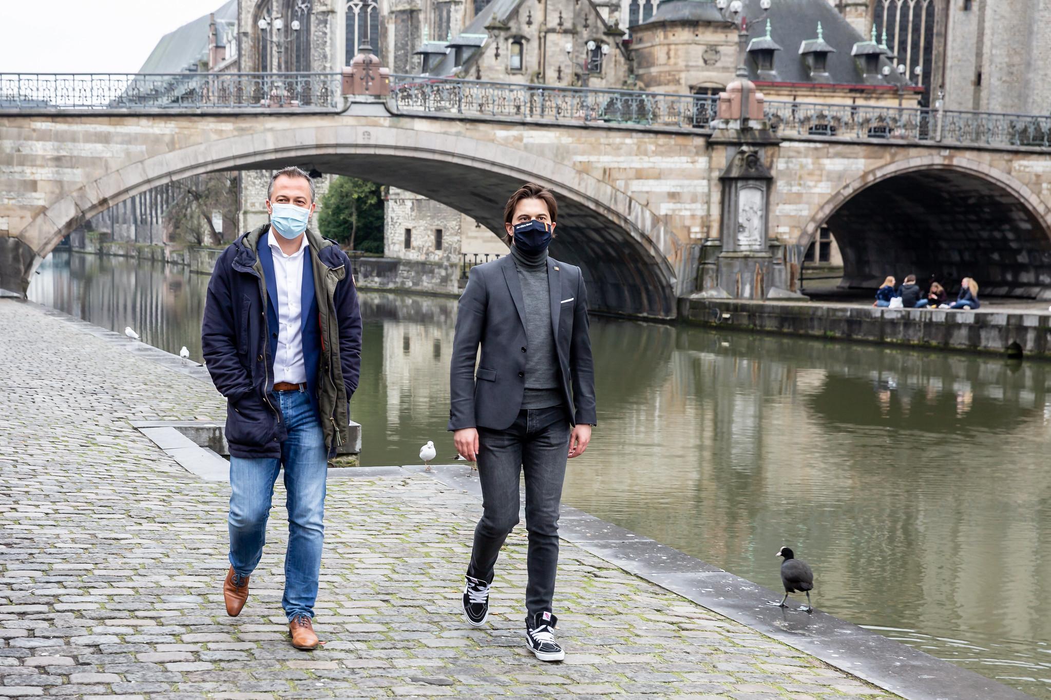 Egbert Lachaert et Georges-Louis Bouchez en visite à Gand : le début d'un tour de Belgique