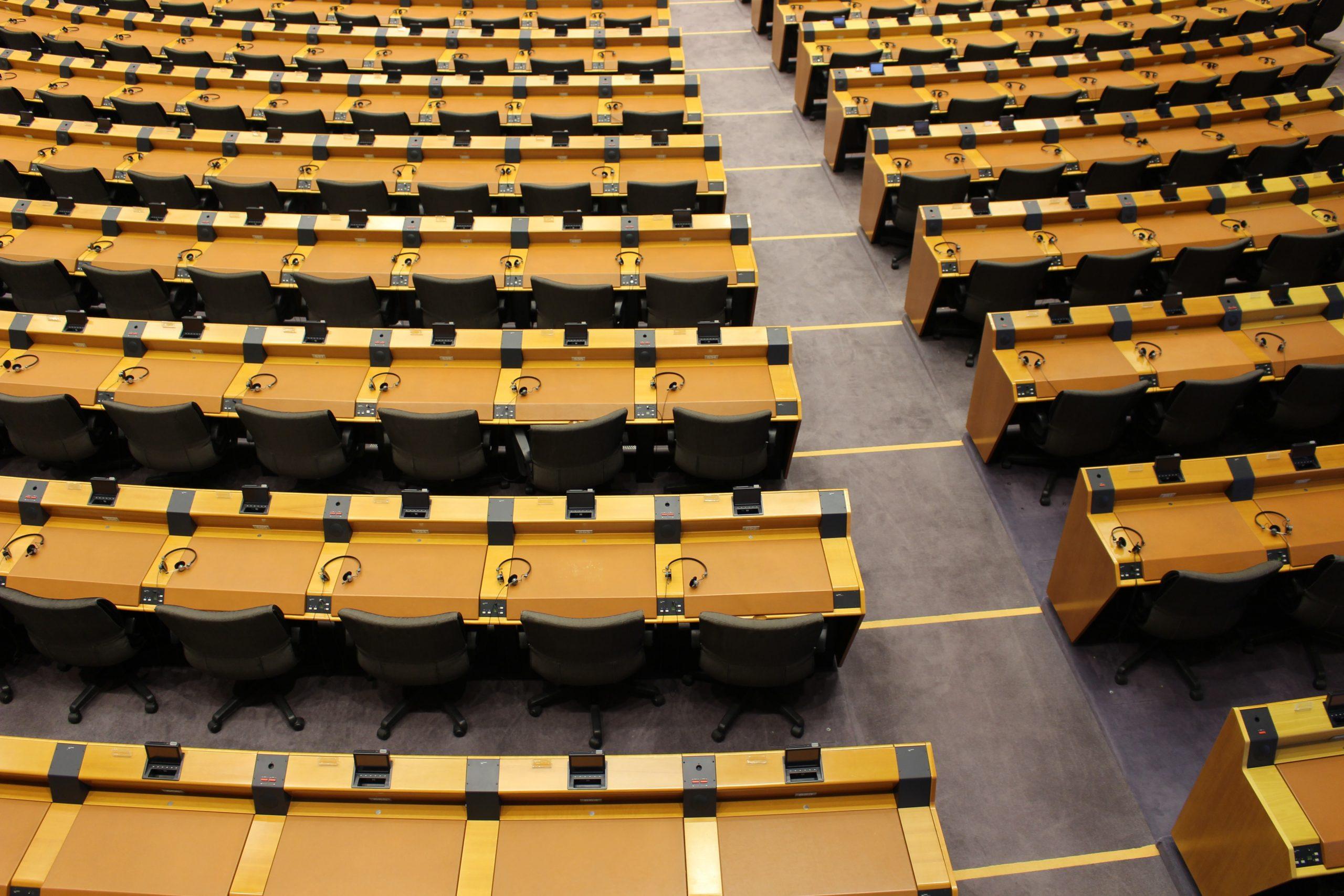 Commissions délibératives – Faux départ pour la démocratie participative à Bruxelles : les partis reprennent la main