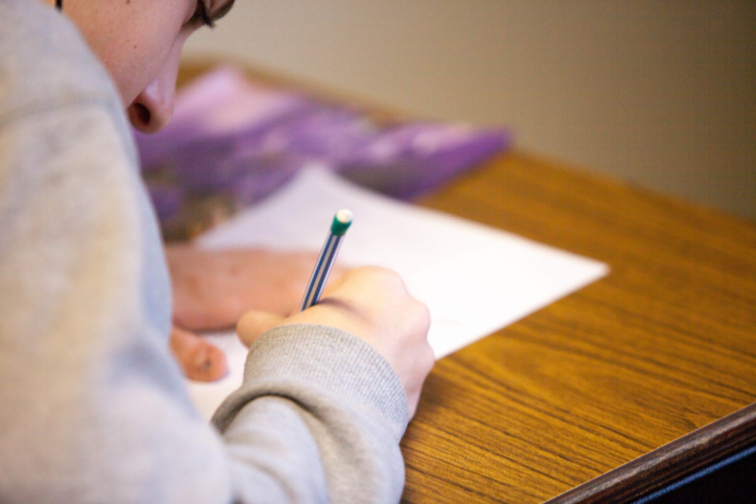 """Lancement de l'opération """"Plaisir d'apprendre"""" cet été pour lutter contre le décrochage scolaire"""