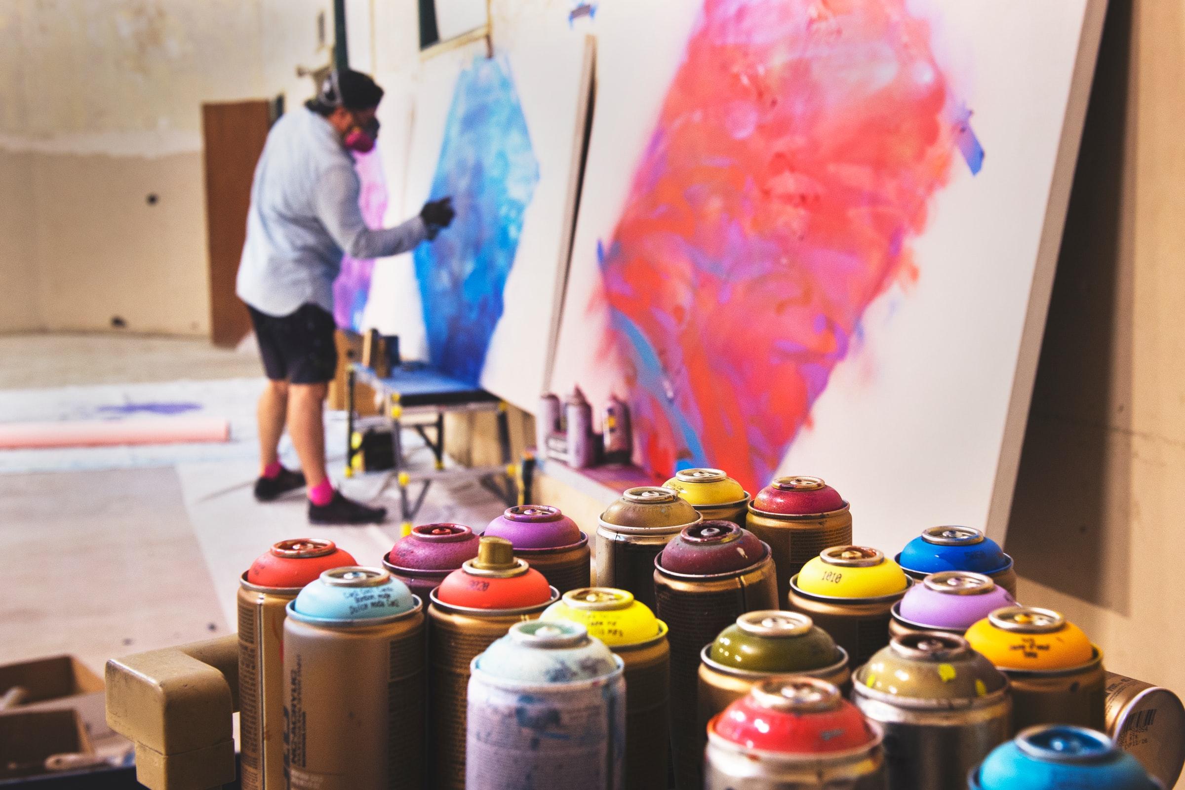 Des moyens supplémentaires pour les artistes belges francophones qui s'exportent
