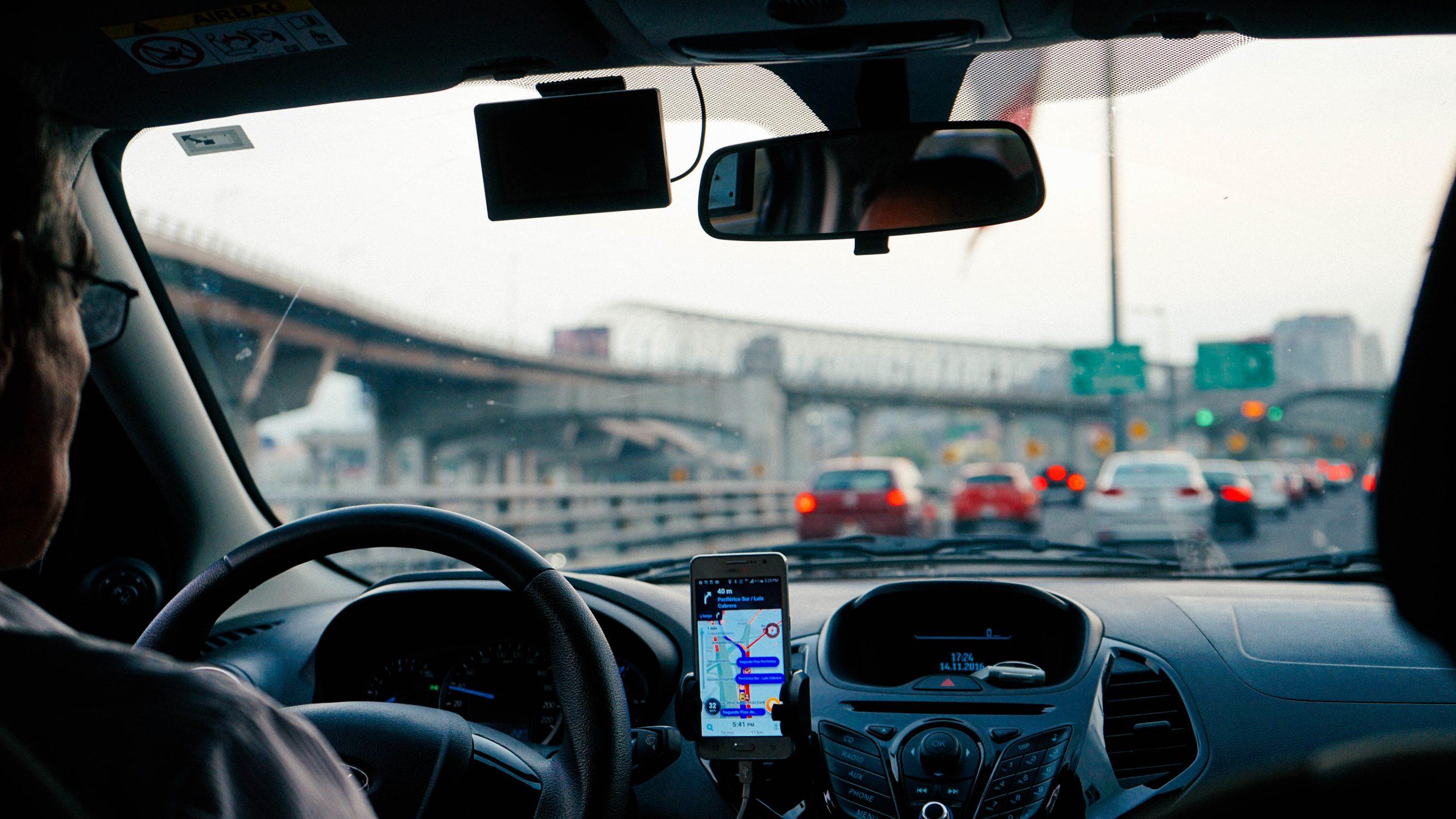 Uber et taxis : Bruxelles attend toujours une réforme !